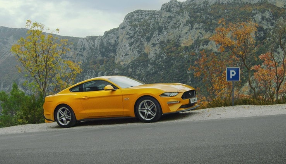 Ford Mustang Gt And Mustang Bullitt How To Kill An Hour