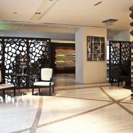 Abu Dhabi F1 Package - Kingsgate Hotel by Millennium