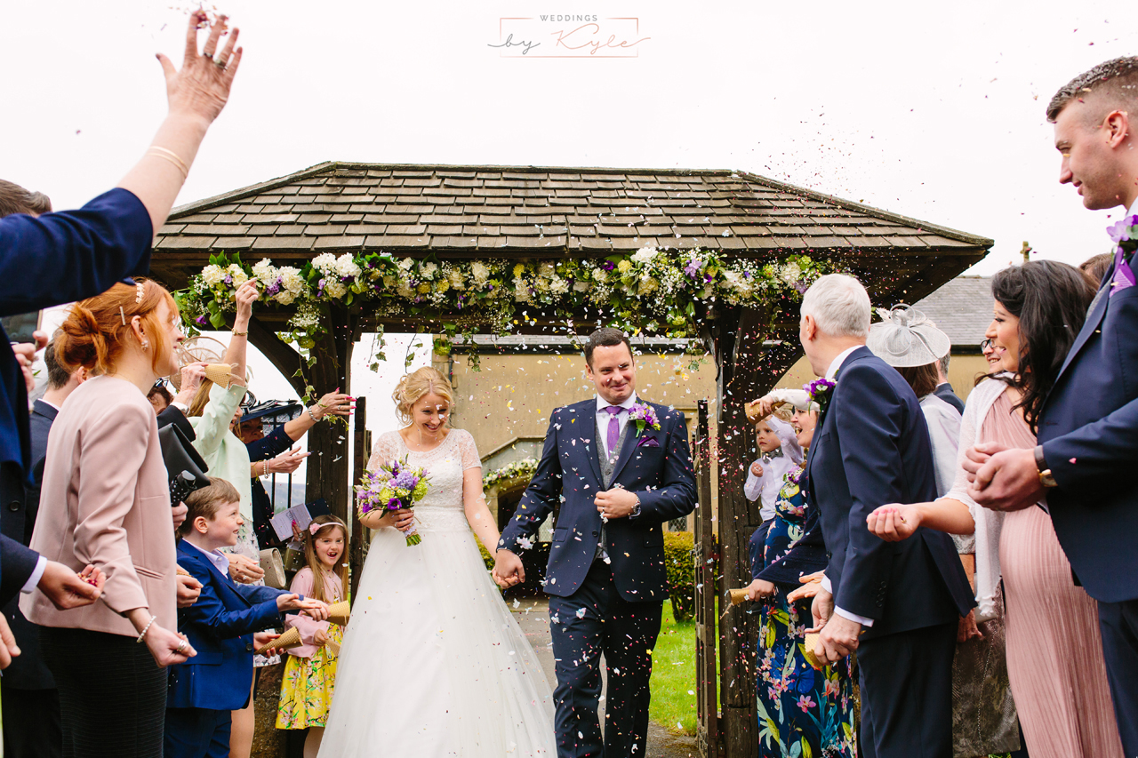 confetti photos, family, bride & groom portrait