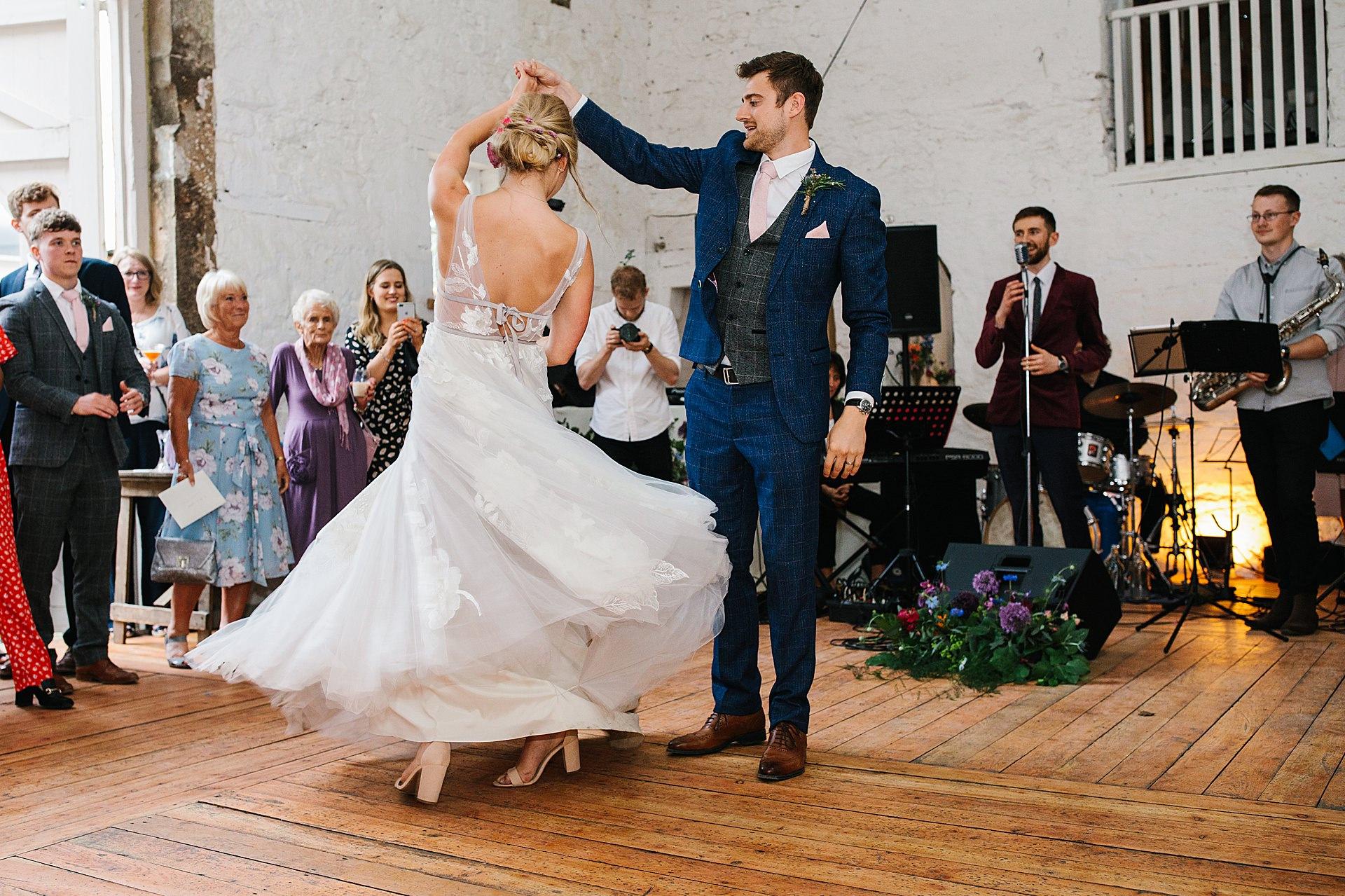 Birde and Bridesmaids dancing at the wedding photography